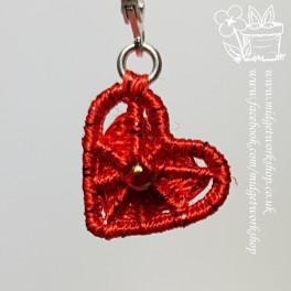 Crosswheel Heart Dorset Button Stitch Markers